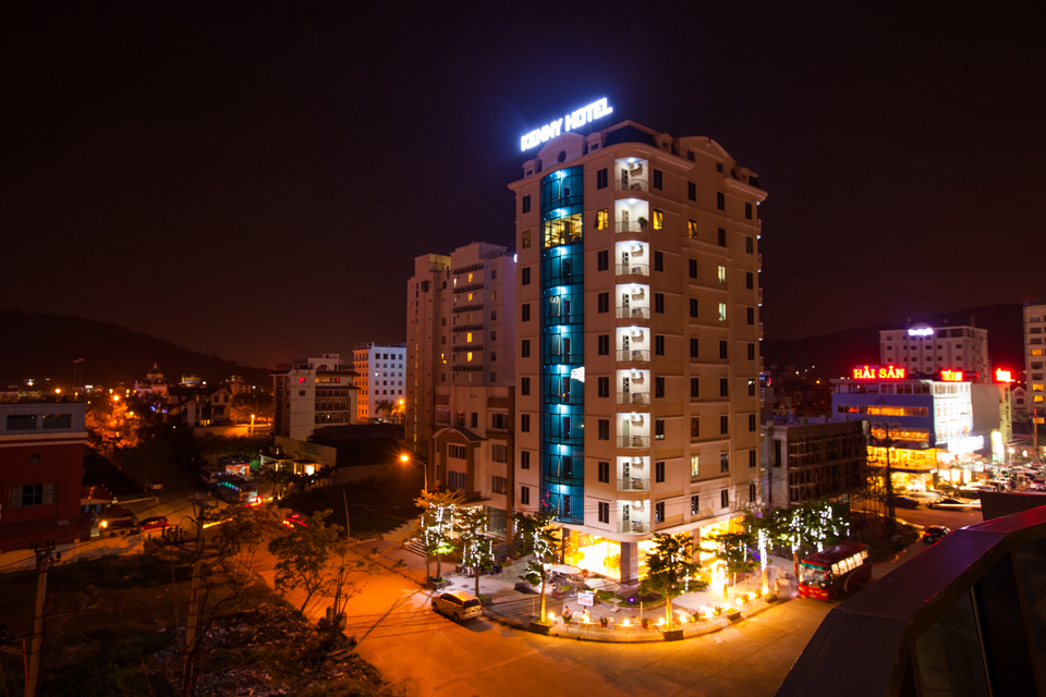 Kenny Hotel - Hạ Long