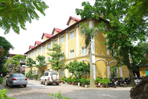 Khách sạn Hoàng Mấm