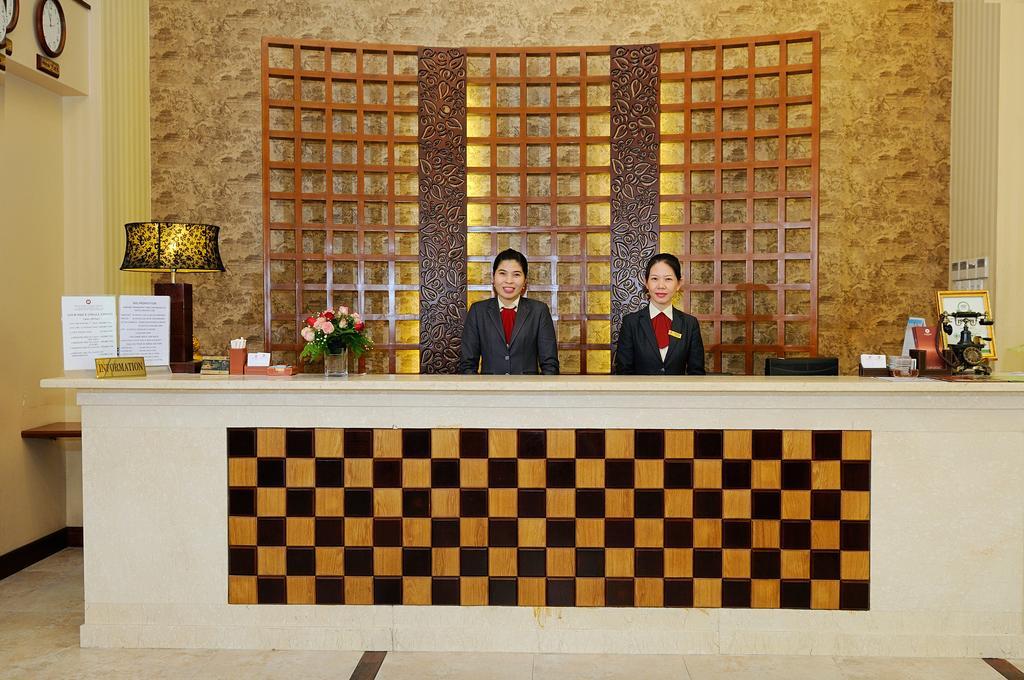 Asian Ruby Luxury Hotel - Hồ Chí Minh