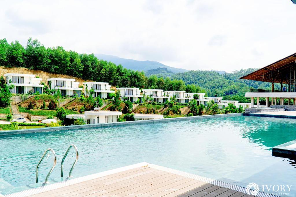 Ivory Villas & Resort - Hòa Bình