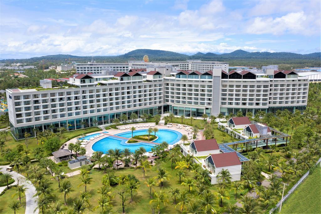 Radisson Blu Resort Phú Quốc - Phú Quốc